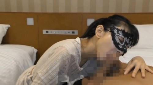 FC2-PPV 1469542 欲情にかられたセックスに憧れる38歳熟女妻